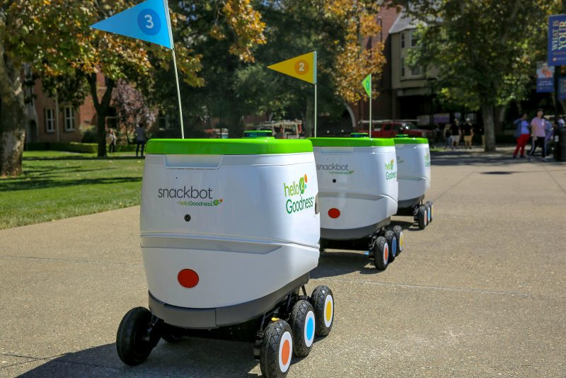 Snack bot na Univeristy of Pacific w Stockton